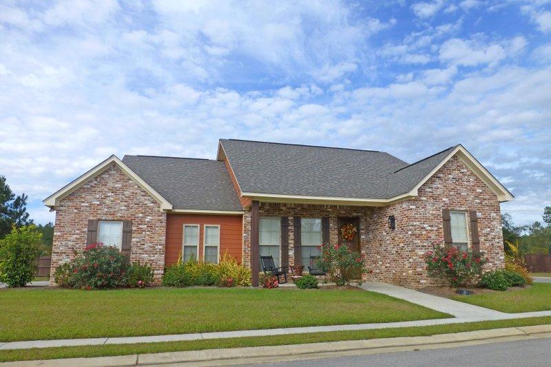 Ranch Exterior - Front Elevation Plan #430-108 - Houseplans.com