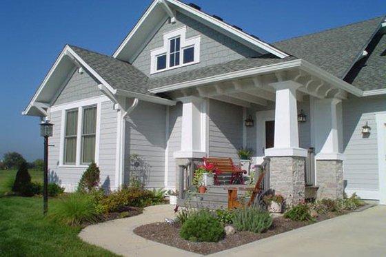 Craftsman Exterior - Front Elevation Plan #458-16
