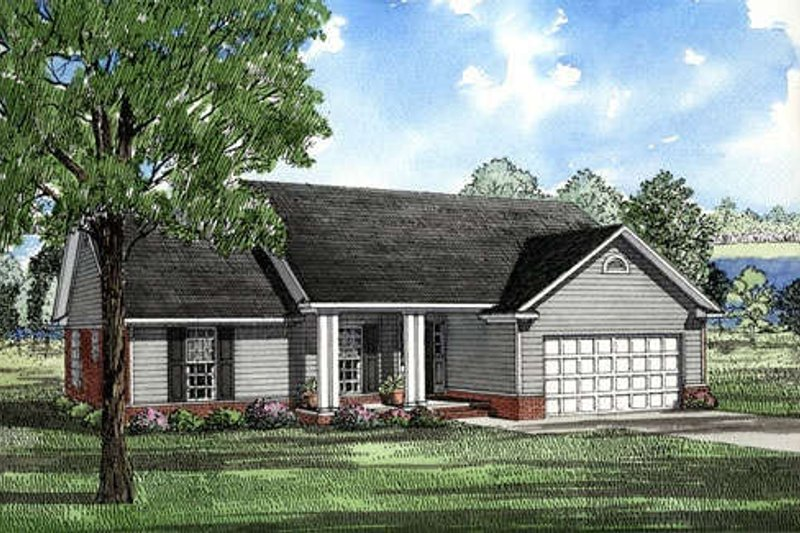 Traditional Style House Plan - 3 Beds 2 Baths 1525 Sq/Ft Plan #17-114 Exterior - Front Elevation
