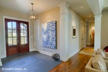 Craftsman Interior - Entry Plan #929-898