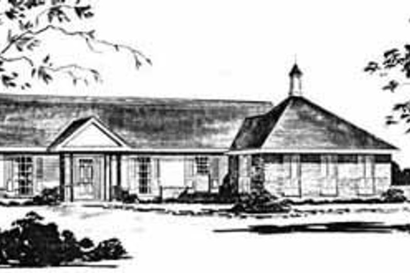 Southern Exterior - Front Elevation Plan #36-367