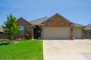 Traditional Style House Plan - 3 Beds 2 Baths 1634 Sq/Ft Plan #65-218 Exterior - Front Elevation