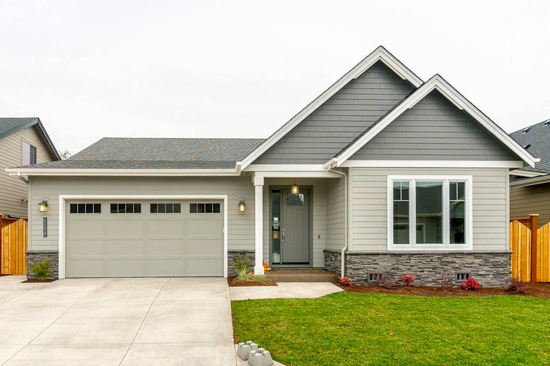 House Plan Design - Ranch Exterior - Front Elevation Plan #124-1186