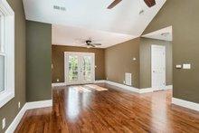 Cabin Interior - Master Bedroom Plan #79-192