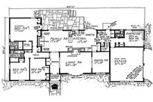 Ranch Floor Plan - Main Floor Plan Plan #315-110