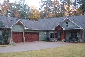 Craftsman Exterior - Front Elevation Plan #437-52