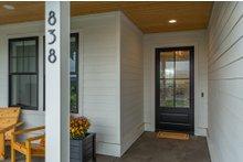 Dream House Plan - Farmhouse Exterior - Front Elevation Plan #1070-21