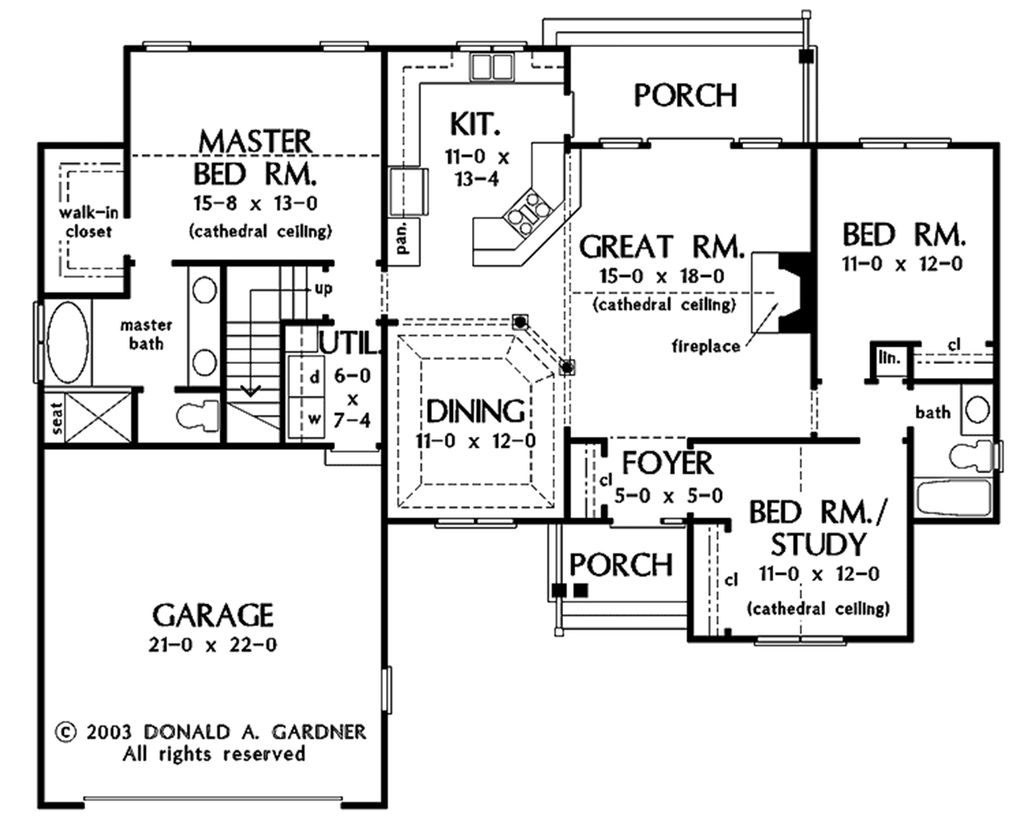 Traditional Style House Plan 3 Beds 2 Baths 1535 Sq Ft