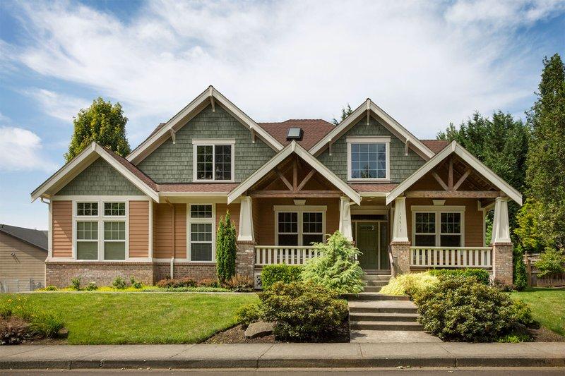 Craftsman Exterior - Front Elevation Plan #48-180 - Houseplans.com