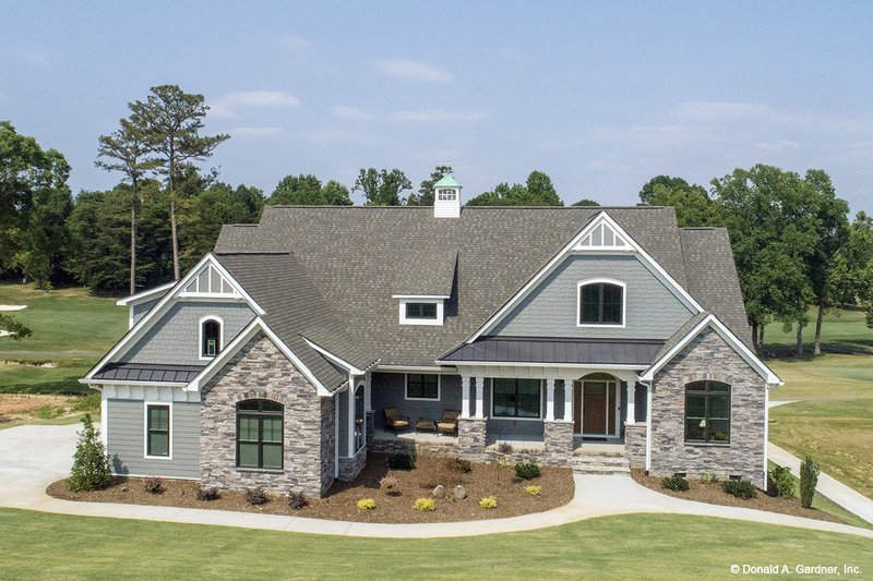 House Plan Design - Craftsman Exterior - Front Elevation Plan #929-988