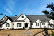 Craftsman Style House Plan - 4 Beds 4.5 Baths 5810 Sq/Ft Plan #437-96 Exterior - Front Elevation