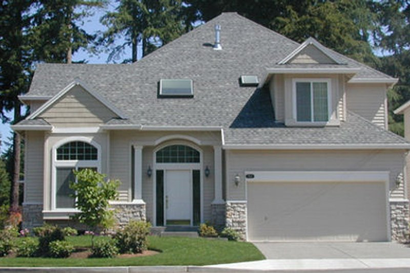 Home Plan - Traditional Exterior - Front Elevation Plan #48-445