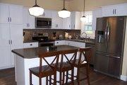 Craftsman Style House Plan - 3 Beds 2.5 Baths 2310 Sq/Ft Plan #461-9 Interior - Kitchen