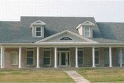 Southern Style House Plan - 4 Beds 3 Baths 2590 Sq/Ft Plan #63-111 Exterior - Front Elevation