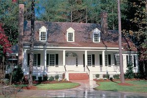 Southern Exterior - Front Elevation Plan #137-234