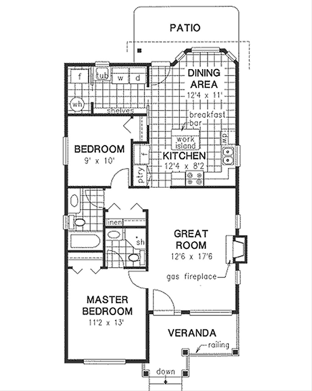 traditional style house plan 2 beds 2 baths 1000 sq ft plan 18 1040 rh houseplans com house floor plans 1000 sq ft house floor plans 1000 sq ft