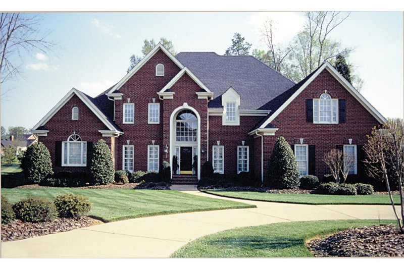 Traditional Exterior - Front Elevation Plan #453-38 - Houseplans.com