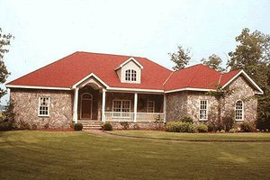 Traditional Exterior - Front Elevation Plan #20-1005