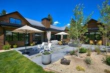 House Plan Design - Contemporary Exterior - Outdoor Living Plan #892-21