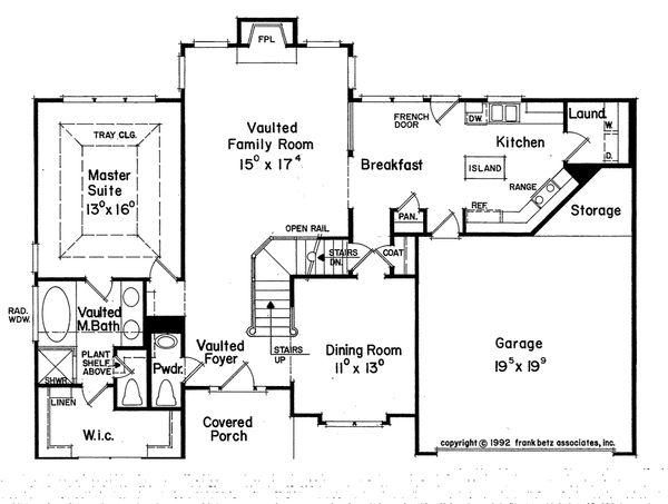 Traditional Floor Plan - Main Floor Plan Plan #927-7