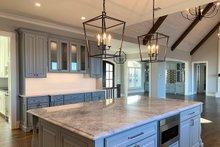 House Plan Design - Craftsman Interior - Kitchen Plan #437-96