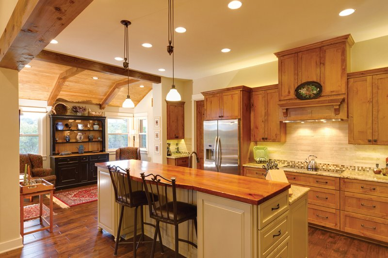 Ranch Interior - Kitchen Plan #935-6 - Houseplans.com