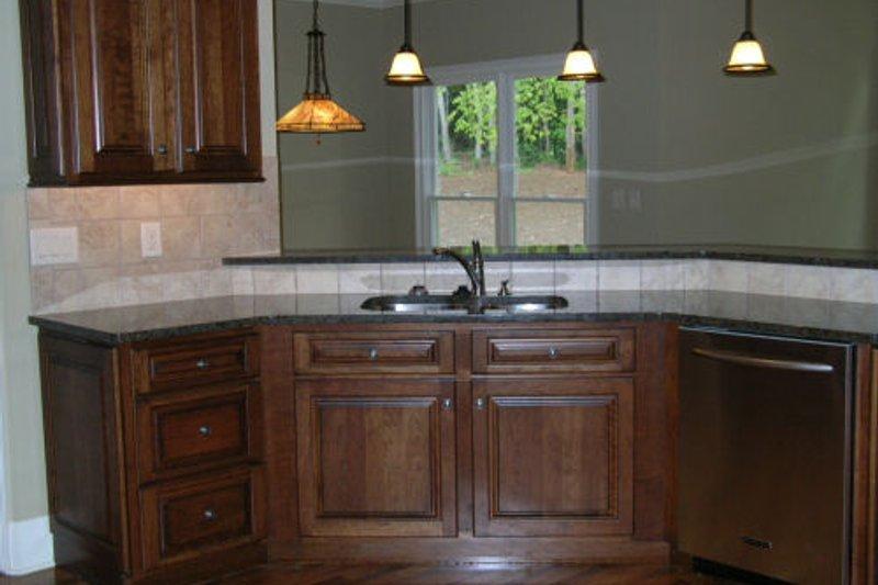 Traditional Photo Plan #437-35 - Houseplans.com