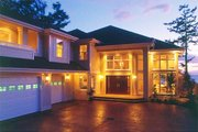 Prairie Style House Plan - 4 Beds 4.5 Baths 5159 Sq/Ft Plan #47-321 Exterior - Front Elevation