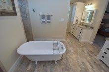 Craftsman Interior - Master Bathroom Plan #119-367