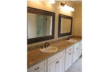 Southern Interior - Master Bathroom Plan #430-37