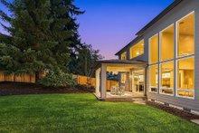 House Plan Design - Contemporary Exterior - Outdoor Living Plan #1066-125