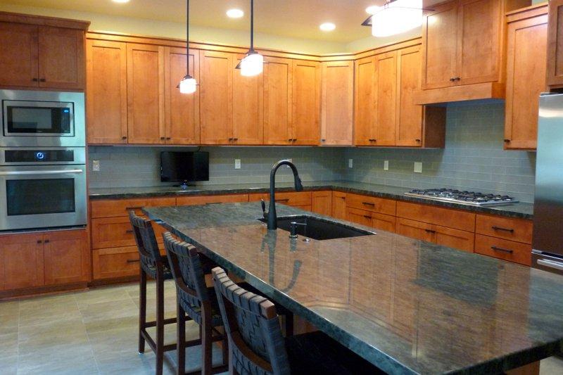 Dream House Plan - Prairie Photo Plan #124-946