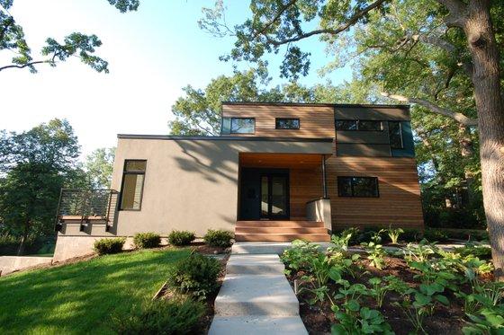 Modern Exterior - Front Elevation Plan #909-10