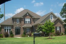 Dream House Plan - Traditional Exterior - Front Elevation Plan #63-132