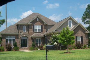 Home Plan - Traditional Exterior - Front Elevation Plan #63-132