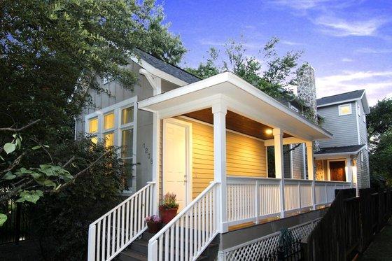 Cottage Exterior - Front Elevation Plan #449-12