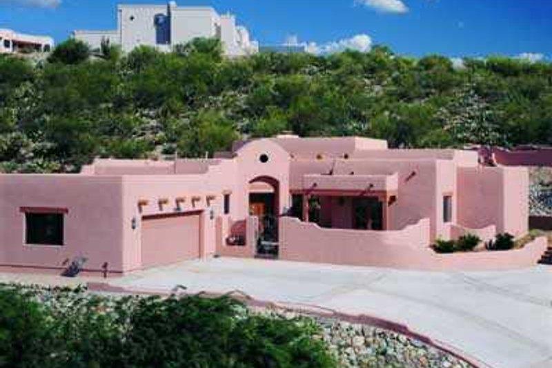 House Blueprint - Adobe / Southwestern Exterior - Front Elevation Plan #72-145