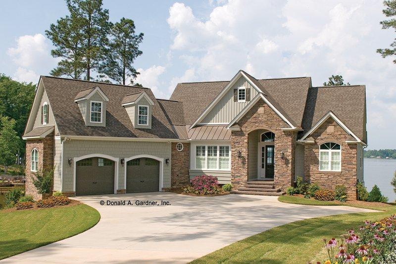 Dream House Plan - European Exterior - Front Elevation Plan #929-4