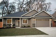 Dream House Plan - Ranch Exterior - Front Elevation Plan #124-939