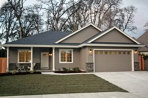 Ranch Exterior - Front Elevation Plan #124-939