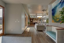 Contemporary Interior - Entry Plan #892-26