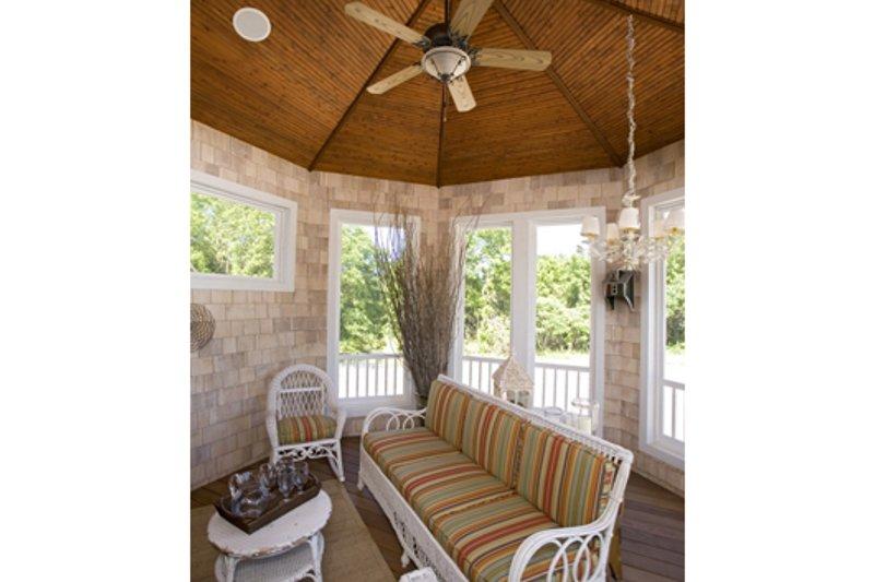 Traditional Photo Plan #56-600 - Houseplans.com