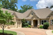Craftsman Style House Plan - 5 Beds 4.5 Baths 4514 Sq/Ft Plan #437-100 Exterior - Front Elevation