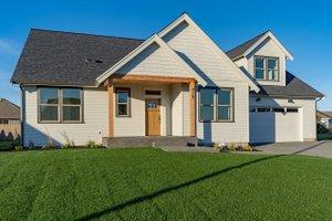 Craftsman Exterior - Front Elevation Plan #1070-52