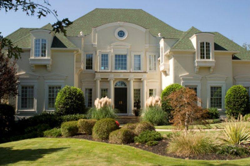 Dream House Plan - European Exterior - Front Elevation Plan #119-117