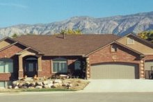 Home Plan - Ranch Exterior - Front Elevation Plan #5-136