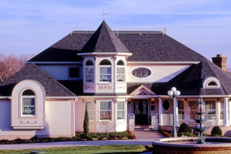 Cottage Style House Plan - 4 Beds 3 Baths 2696 Sq/Ft Plan #456-19