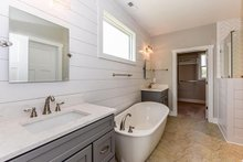 House Plan Design - Craftsman Interior - Master Bathroom Plan #20-2146