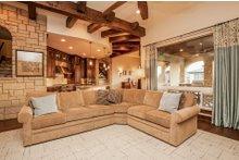 Prairie Interior - Family Room Plan #80-198