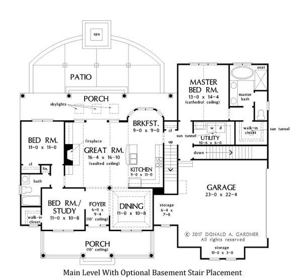 House Plan Design - Main Floor With Basement Stair